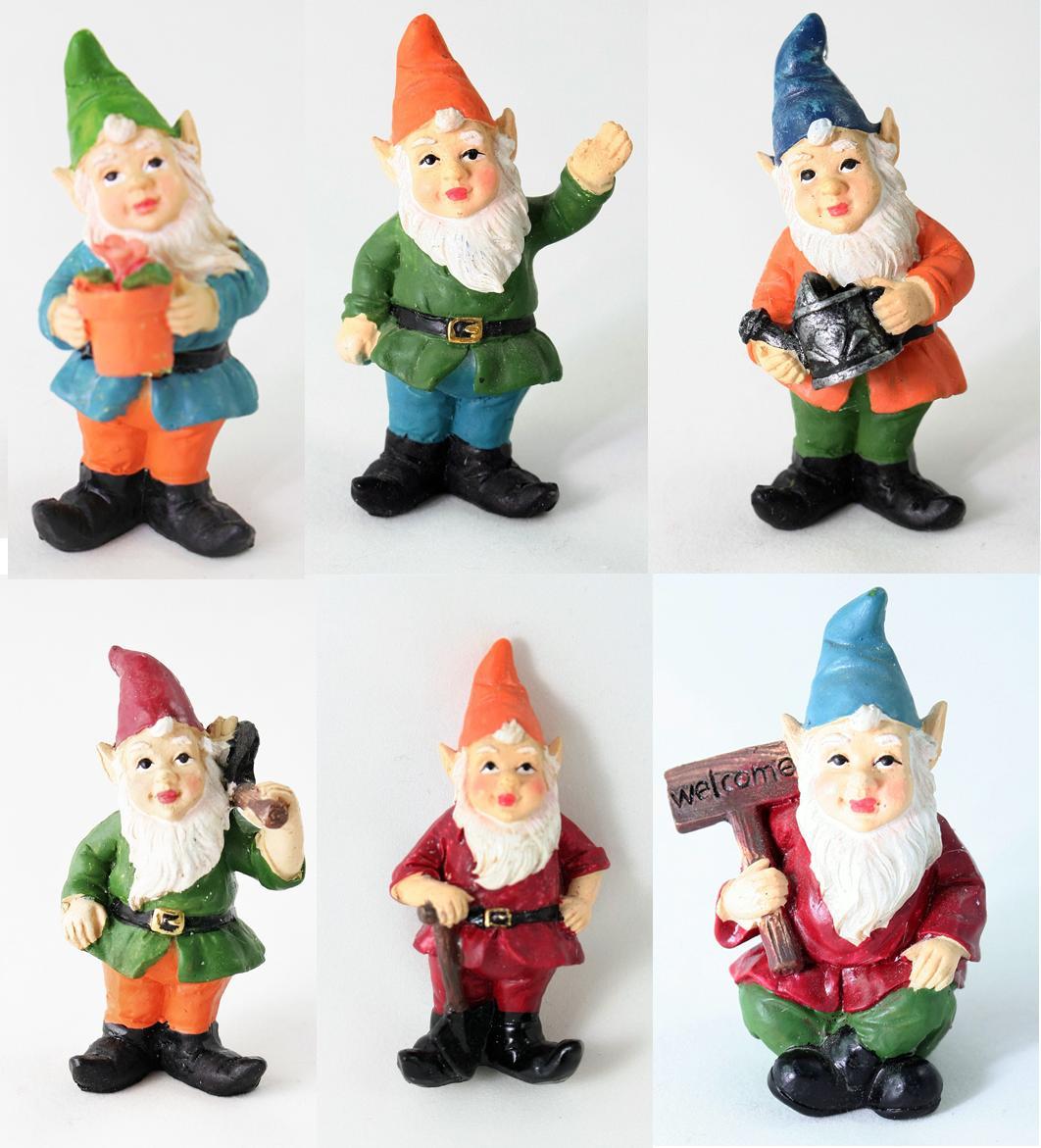 Gnome In Garden: Ganz Great Outdoors Miniature Fairy Garden 3″ Gnome
