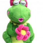 Cuddle-Barn-Animated-Frog-Kiss-Me-Cutie-Plush-Toy-Sings-Kiss-Me-CB4683-291486401220